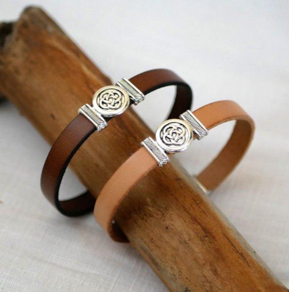 Bracelet cuir décoré noeud celtique personnalisable par gravure