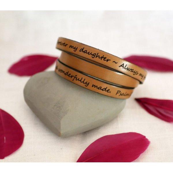 Bracelet cuir femme triple tour à personnaliser par gravure fermoir ajustable