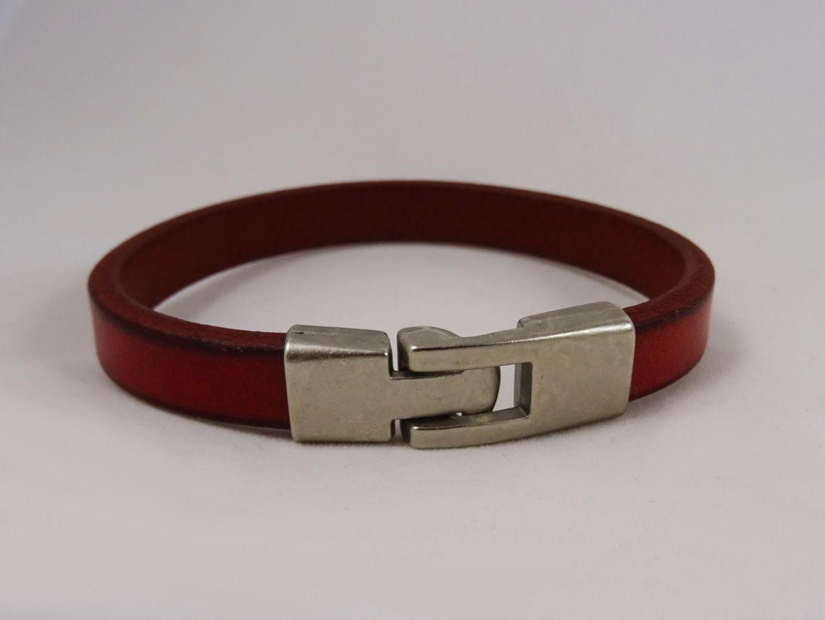 Bracelet cuir rouge Homme à personnaliser par gravure