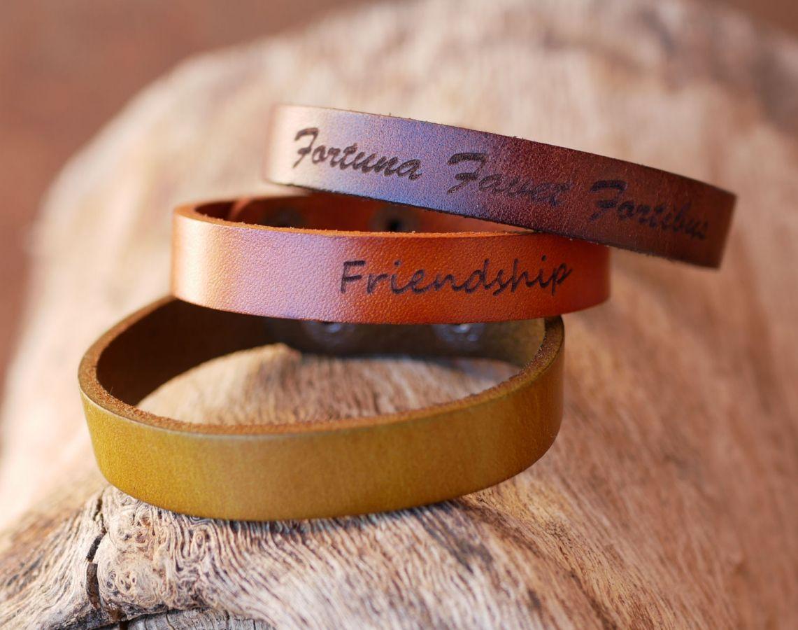 Bracelet cuir marron foncé Mixte à graver cadeau personnalisé