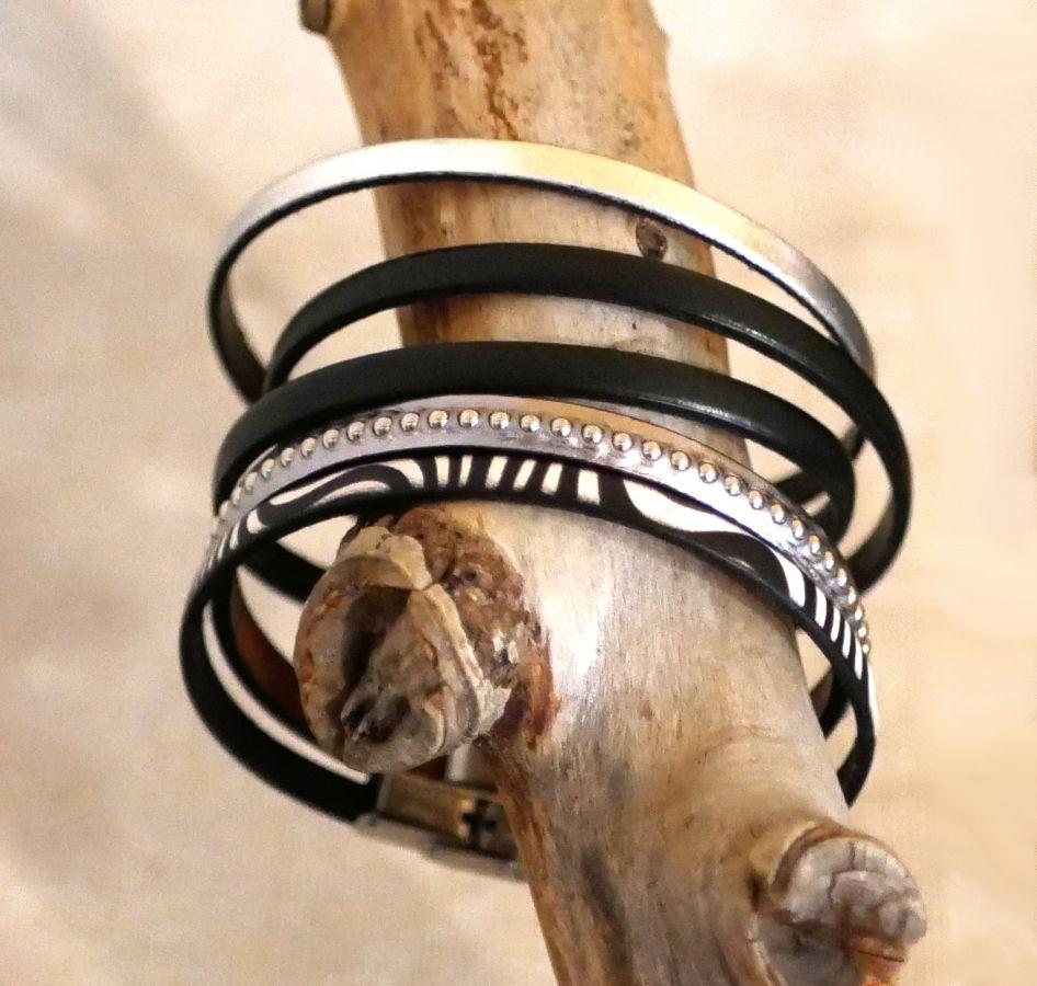 Bracelet femme en cuir gris foncé métallisé à billes argentées