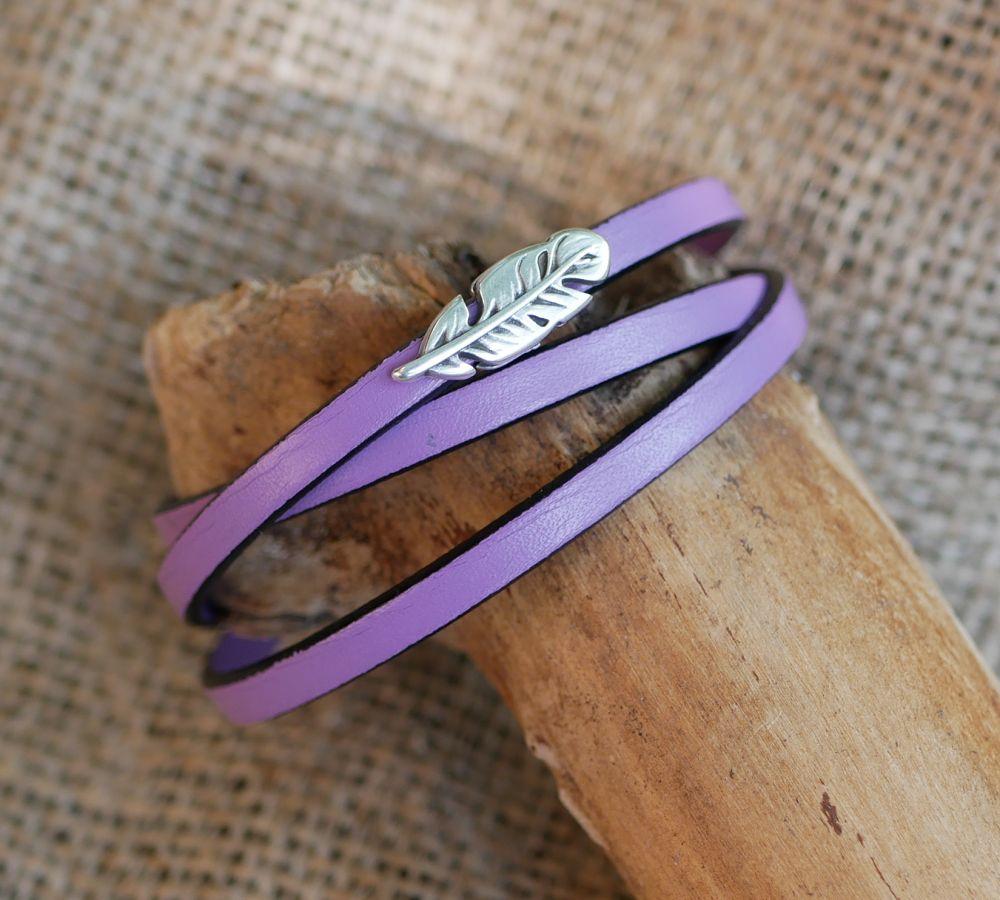 Bracelet femme cuir bohème décor plume 3 tours personnalisable