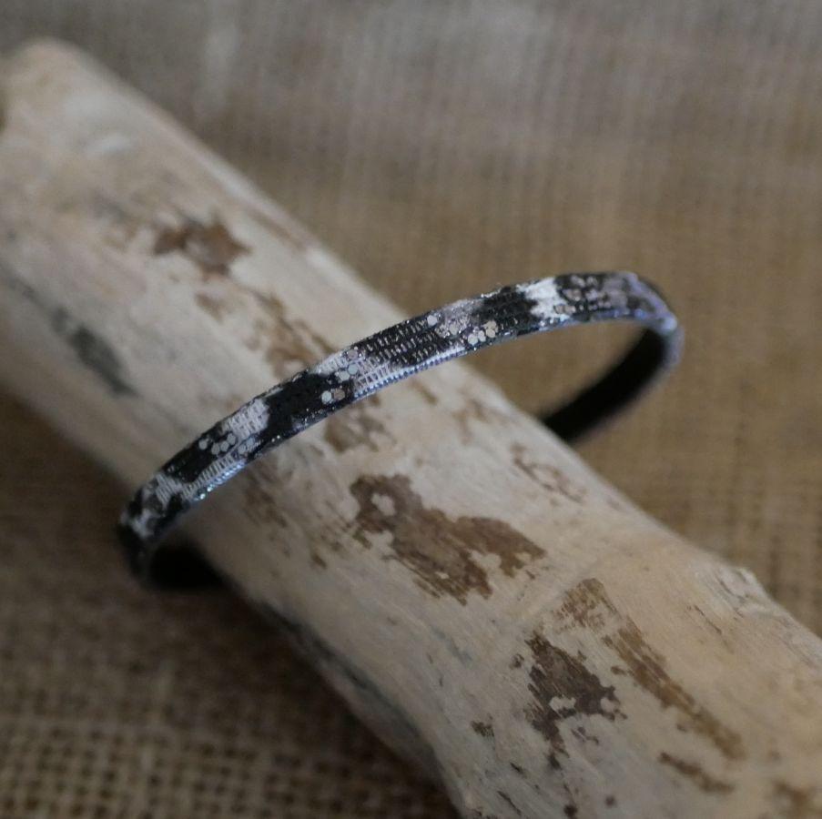 Bracelet femme en cuir fin noir gris effet pailleté