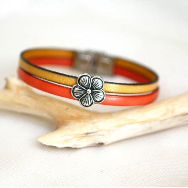 Bracelet pour femme duo de cuir et passant Fleur argenté personnalisable