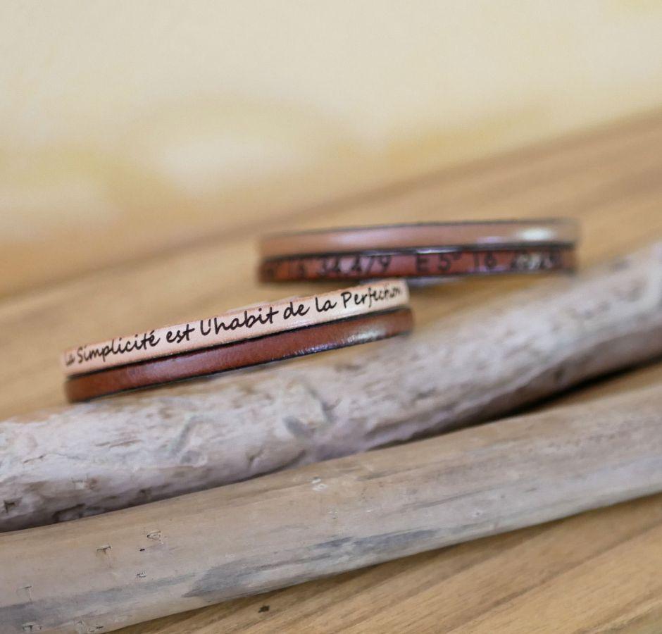 Bracelet homme en duo de cuir personnalisable par gravure