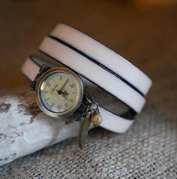 Montre bracelet en cuir 2 ou 3 tours avec perle et pendentif