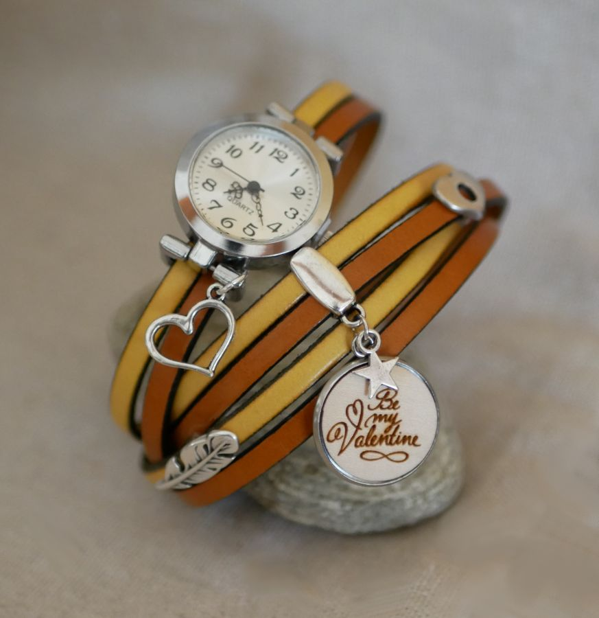 Montre bracelet triple tour en duo de cuir et cabochon bois à personnaliser