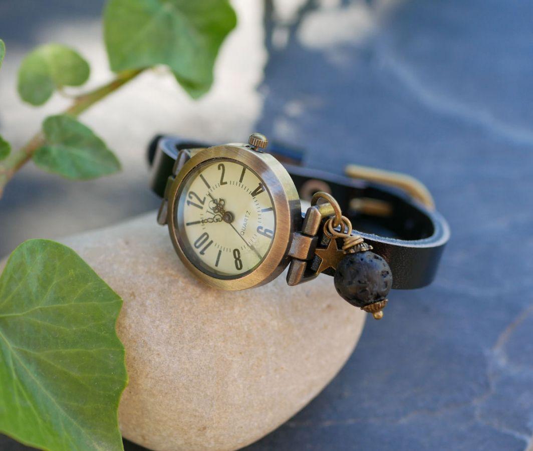 Montre breloque pierre de lave bracelet cuir