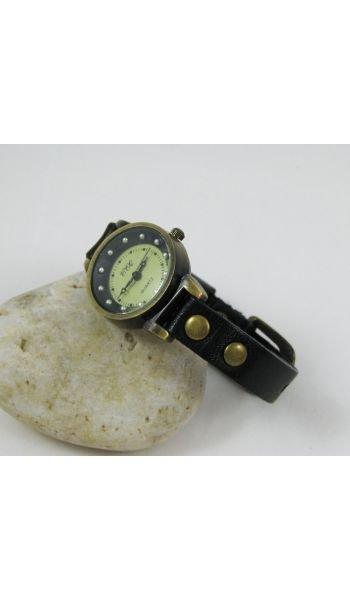 Montre cuir noir rivets et mini perles dorées