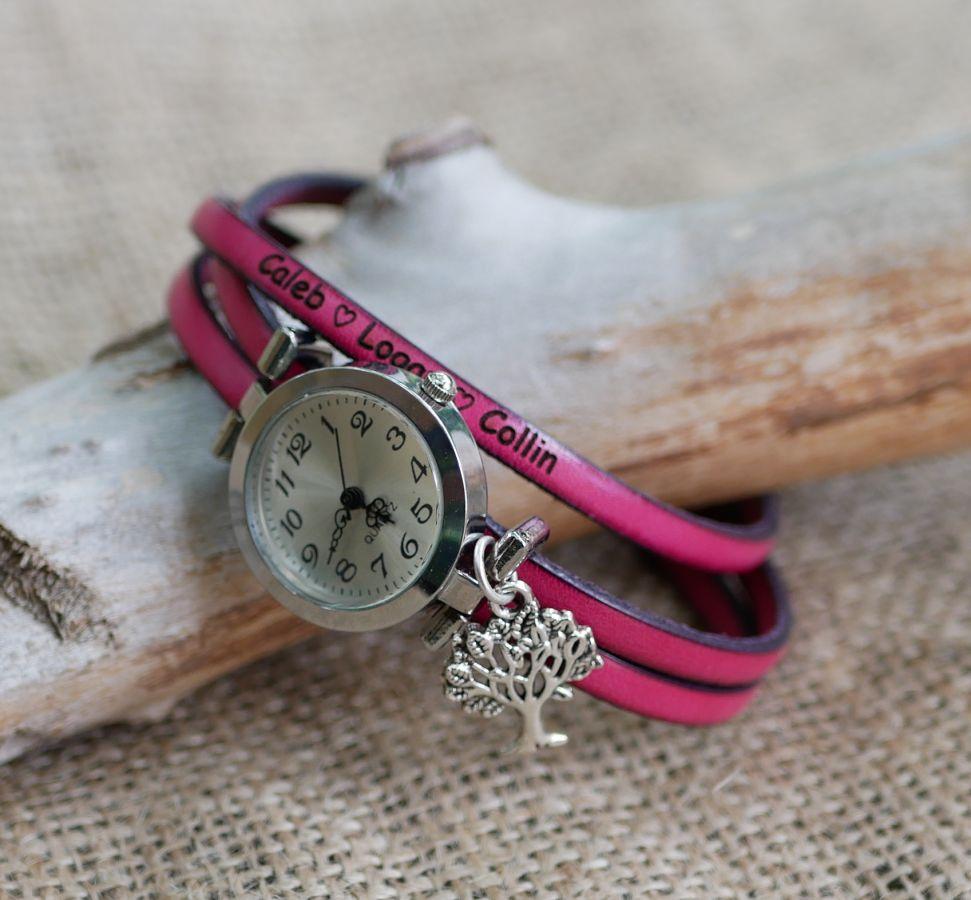 Montre à personnaliser au bracelet cuir 3 tours cuir cadran argenté avec pendentif