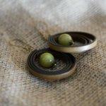 Boucles d'oreilles en cuir perle en pierre olivine