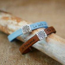 Bracelet cuir décoré d'un carré celtique personnalisable par gravure