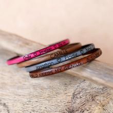Bracelet cuir fin personnalisable par gravure